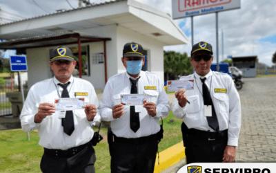 Entrega de bono Navideño al personal de Seguridad