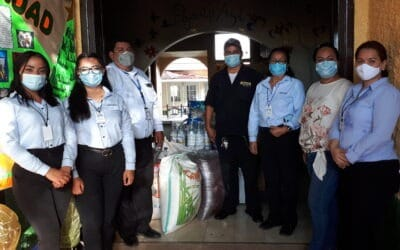 Entrega de Donativo Hogar Pajarito Azul